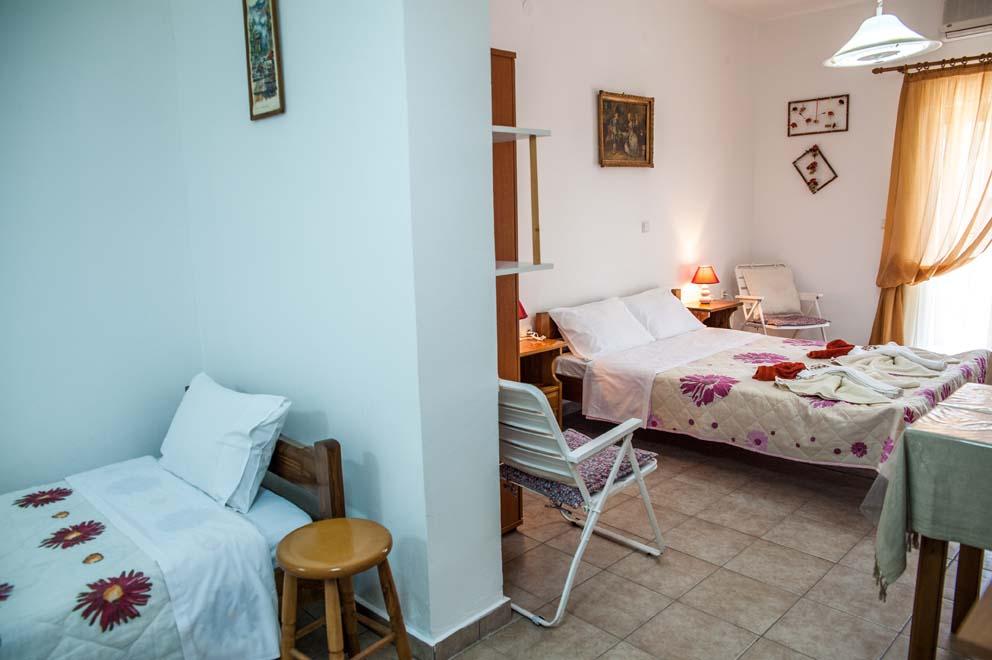 2 bed room ………..